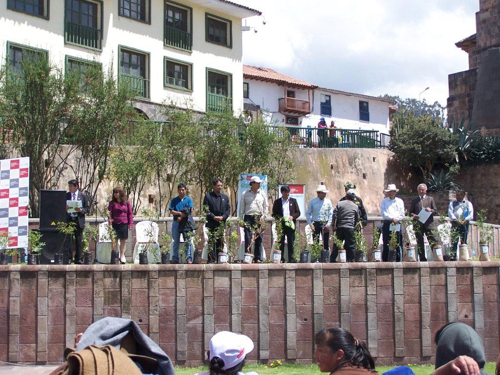 Lanzamiento de la Campaña de Reforestación – Cusco Verde 2015