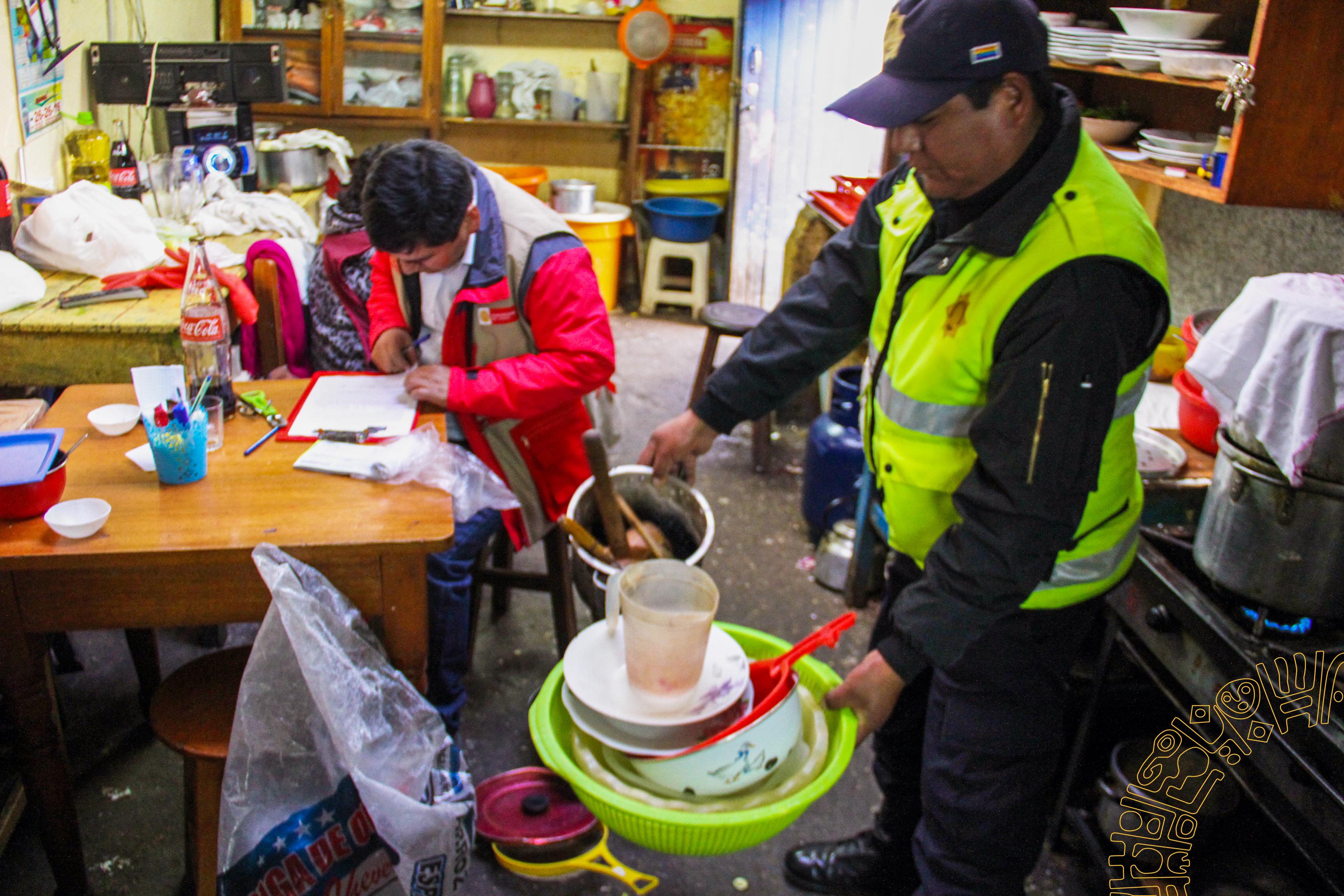 MUNICIPALIDAD DEL CUSCO  REALIZA OPERATIVO  INOPINADO A PICANTERIAS  Y CHICHERIAS EN EL DISTRITO DEL CUSCO