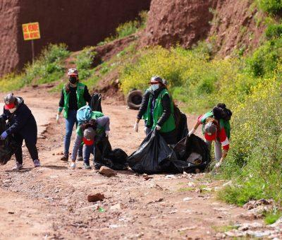 Jornada de limpieza de la ruta al botadero controlado de Haquira desde la APV Villa El Sol